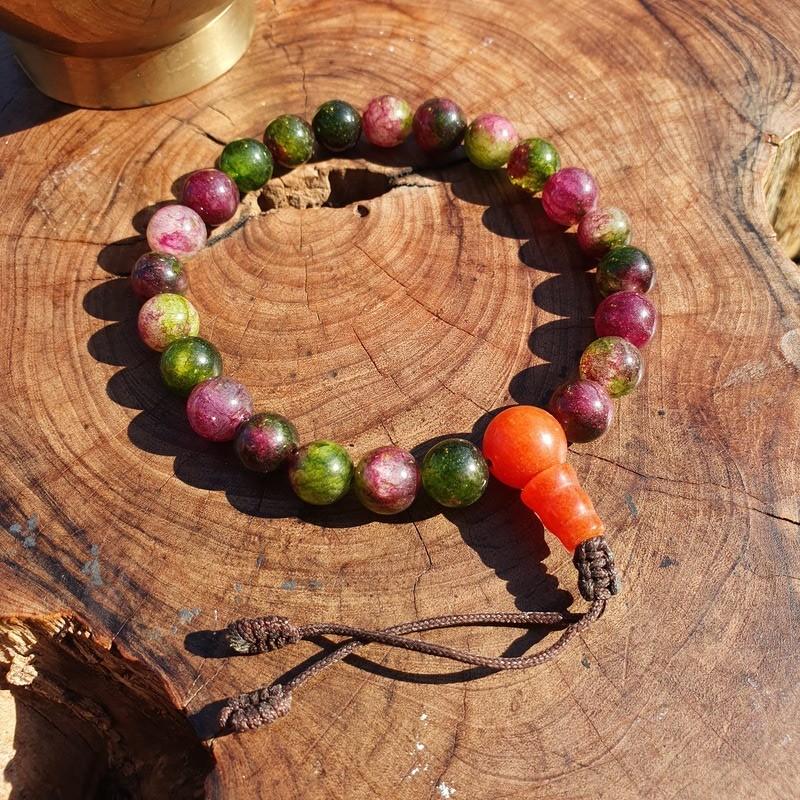 Bracelet mala tibétain en perles d'onyx multicolores