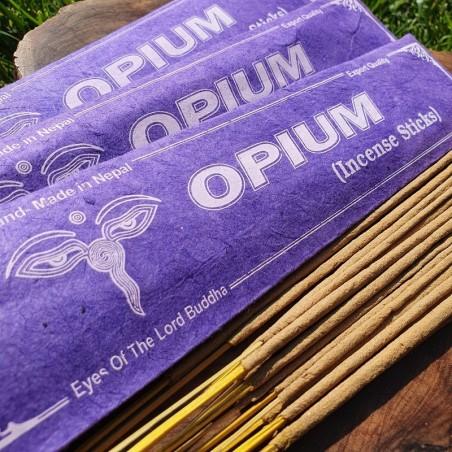 Opium - Encens opium en bâtonnets roulés à la main au Népal - Encens népalais