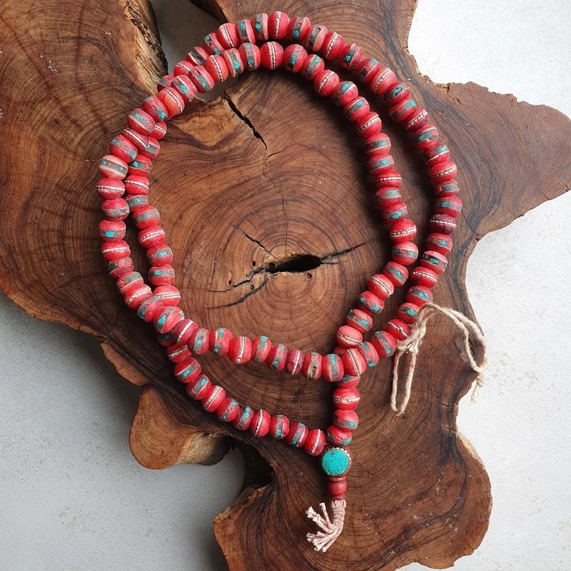 Collier tibétain os rouge