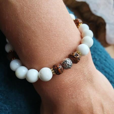 Bracelet coquillage et rudraksha - Bracelets malas tibétains