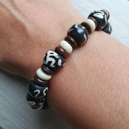 Bracelet OM en perles d'os - Bracelets malas tibétains