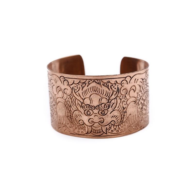 Bracelet manchette tibétaine en cuivre gravé d'un motif dragon