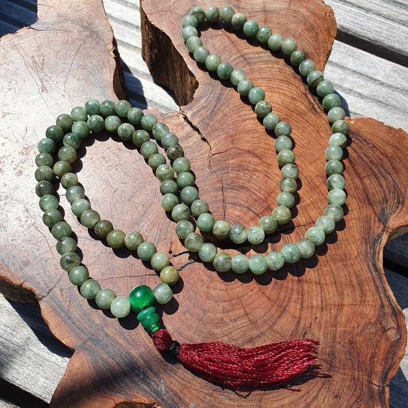 Collier mala tibétain jade de birmanie