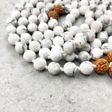 Mala tibétain en pierre howlite blanche et rudraksha - Colliers malas tibétains