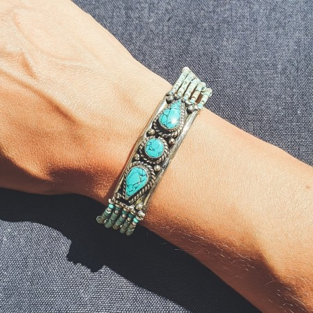 Bracelet tibétain incrusté de 3 pierres turquoises - Bracelets tibétains en turquoise et corail