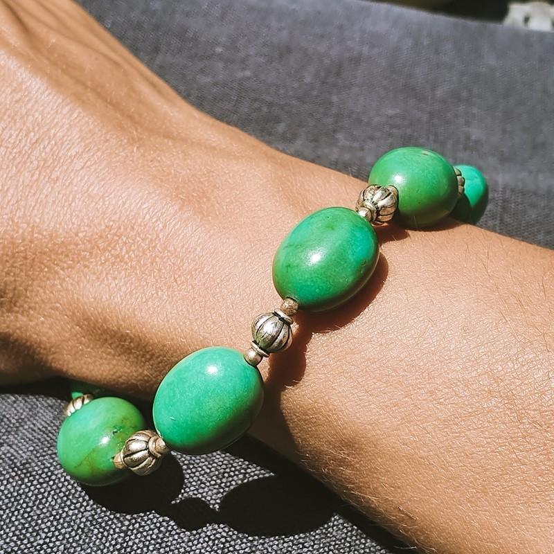 "Bracelet ""Firoza"" en pierres turquoises"