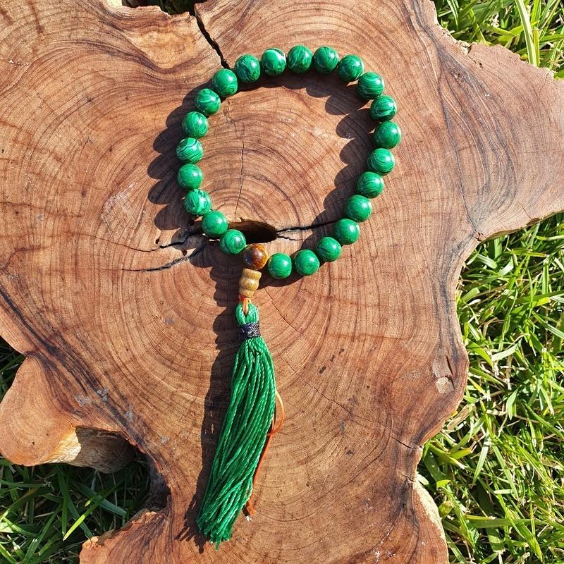 Bracelet mala tibétain en perles de malachite
